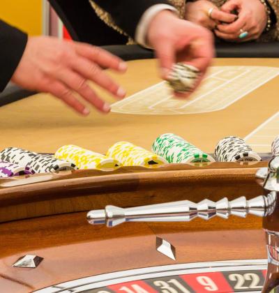Featured Image 4 saker att veta om musik som spelas på kasinon 400x420 - 4 saker som man borde veta om musiken som spelas på kasinon